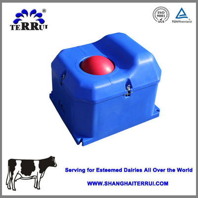 Single Hole LLDPE 40L Livestock Auto Waterer For Cow